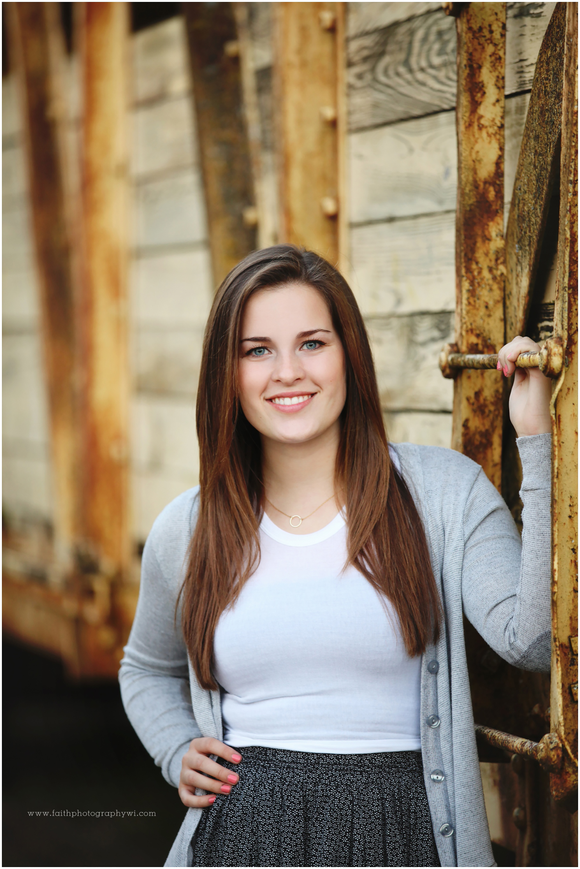 oconomowoc senior personals Meet senior singles in delafield, wisconsin online & connect in the chat rooms dhu is a 100% free dating site for senior dating in delafield.